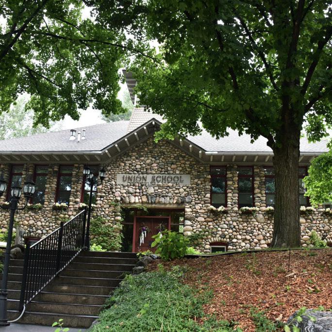 schoolhouse11-1024x684